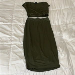 Two piece olive set